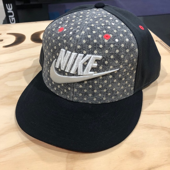 Nike hat flat bill cap